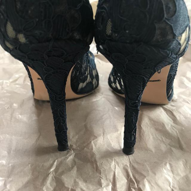 DOLCE&GABBANA(ドルチェアンドガッバーナ)の半額以下 お値下げ ドルチェアンドガッバーナ  レースパンプス 美品 レディースの靴/シューズ(ハイヒール/パンプス)の商品写真