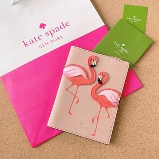 ケイトスペードニューヨーク(kate spade new york)のケイトスペード 新品 パスポートケース ピンク フラミンゴ(財布)