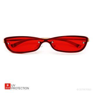 新品送料込 キャッツアイサングラス カラーレンズ スリム メタル UV レッド(サングラス/メガネ)