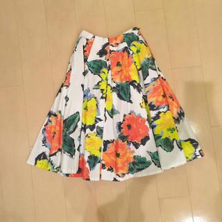 ラグナムーン(LagunaMoon)のラグナムーンの花柄スカート(ひざ丈スカート)