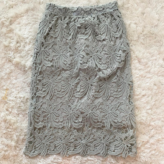 fifth(フィフス)の総花柄 レーススカート レディースのスカート(ひざ丈スカート)の商品写真