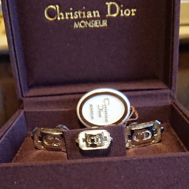 Christian Dior(クリスチャンディオール)のネクタイピン カフスセット メンズのファッション小物(カフリンクス)の商品写真