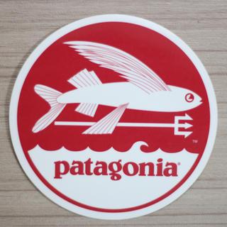 パタゴニア(patagonia)のパタゴニア ステッカー 赤丸トビウオ(その他)