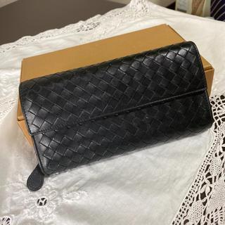 ボッテガヴェネタ(Bottega Veneta)のなかなか綺麗!ボッテガヴェネタ 長財布 イントレチャート ブラック 黒色 人気!(財布)