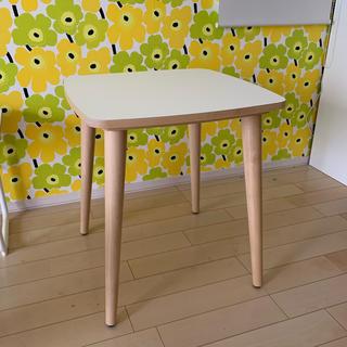 IKEA - 新品未開封 ☆ IKEA オムテンクサムサイドテーブル ホワイト バーチ