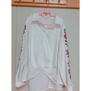 WEGO - 刺繍入りシャツ