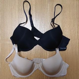 Calvin Klein - レディース Tシャツブラ 34B(B75) 2枚セット 黒/ベージュ