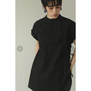 トゥデイフル(TODAYFUL)の新品 todayful ハーフスリーブドレスシャツ 黒(シャツ/ブラウス(半袖/袖なし))