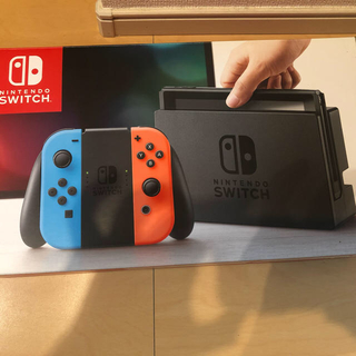 Nintendo Switch Joy-Con (L) ネオンブルー/ (R) (家庭用ゲーム機本体)