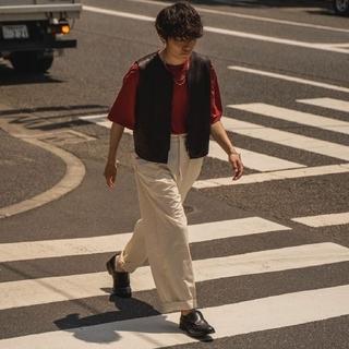 サンシー(SUNSEA)のSUNSEA 20ss LEATHER ピス T-SHIRT 【サイズ2・赤色】(Tシャツ/カットソー(半袖/袖なし))