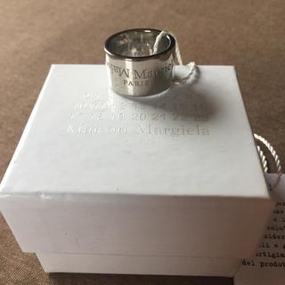 マルタンマルジェラ(Maison Martin Margiela)の20AW新品S メゾン マルジェラ リバースロゴ リング メンズ 指輪 新作(リング(指輪))