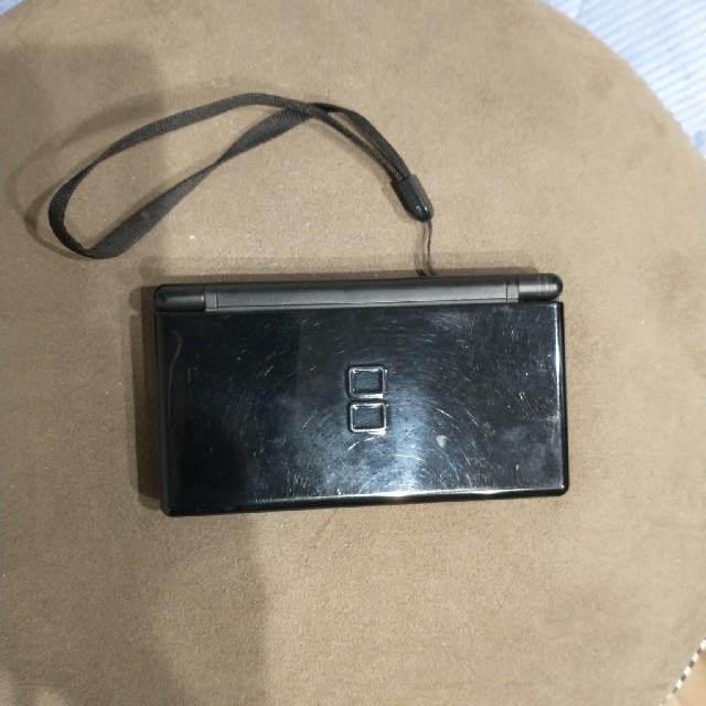 ニンテンドーDS(ニンテンドーDS)のニンテンドーDS Lite  黒 ブラック 本体のみ エンタメ/ホビーのゲームソフト/ゲーム機本体(携帯用ゲーム機本体)の商品写真