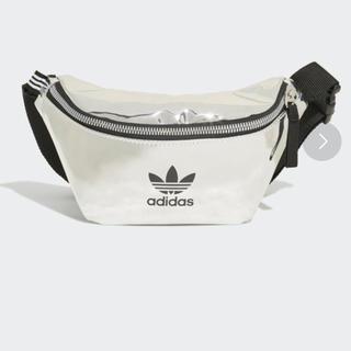 adidas - アディダス ボディバッグ シルバー