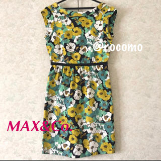 マックスアンドコー(Max & Co.)の美品 マックスアンドコー  コットン素材の花柄ノースリーブワンピース(ひざ丈ワンピース)