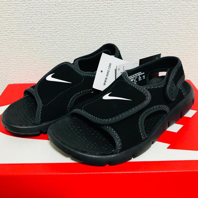 NIKE(ナイキ)のナイキ サンレイ アジャスト 4 (GS/PS) 新品 サンダル 18cm キッズ/ベビー/マタニティのキッズ靴/シューズ(15cm~)(サンダル)の商品写真