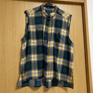 ムルーア(MURUA)のトップス(シャツ/ブラウス(半袖/袖なし))