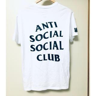 anti x undefeatedコラボTシャツ