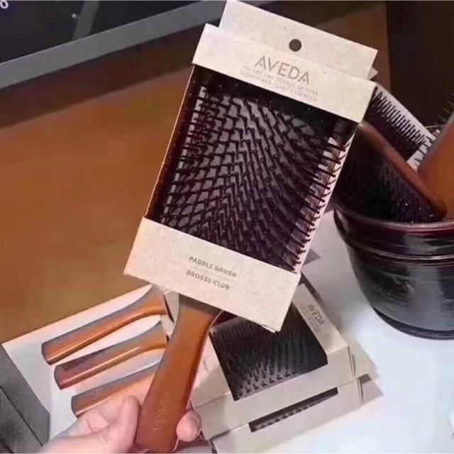 お値下げ! AVEDA アヴェダ パドル ブラシ ヘアブラシ マッサージ 木製 コスメ/美容のヘアケア/スタイリング(ヘアブラシ/クシ)の商品写真