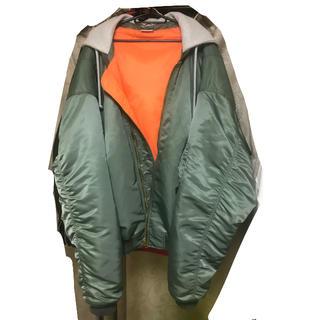 バレンシアガ(Balenciaga)の確実正規品 vetements 16aw ボンバージャケット xs カーキ(フライトジャケット)