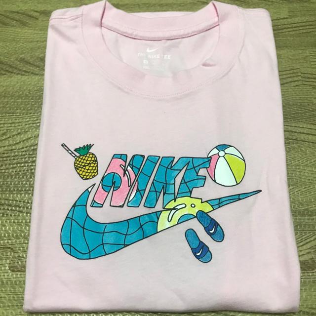 NIKE(ナイキ)のNIKE  ナイキ Tシャツ トップス 半袖 レディースのトップス(Tシャツ(半袖/袖なし))の商品写真