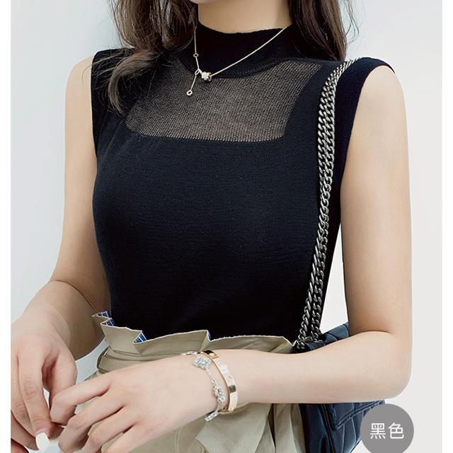 eimy istoire(エイミーイストワール)のデコルテシースルーデザイントップス(ブラック) レディースのトップス(カットソー(半袖/袖なし))の商品写真