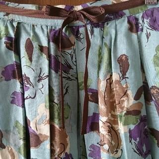ジェーンマープル(JaneMarple)のロイスクレヨン ブルー ローズ ガーデン チュール(ひざ丈スカート)