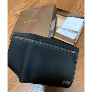 Gucci - GUCCI メンズ 折り財布