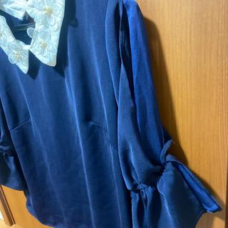 セシルマクビー(CECIL McBEE)のCECIL ネイビーが可愛いトップス(カットソー(半袖/袖なし))