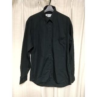 日本製 長袖シャツ Mサイズ 黒 シンプル モノトーン ボタンダウンシャツ 古着(シャツ)