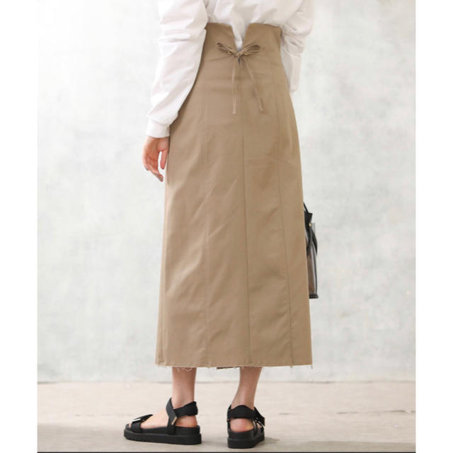 AuieF(アウィーエフ)の【新品未使用】グレディブリリアン  タイトスカート レディースのスカート(ロングスカート)の商品写真