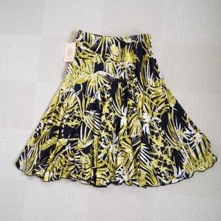 ブージュルード(Bou Jeloud)のBouJeIoudスカート新品未使用(ひざ丈スカート)