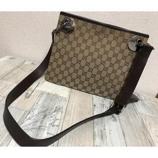Gucci - GUCCI男女兼用本革ベルトショルダーキャンバスショルダーバッグ