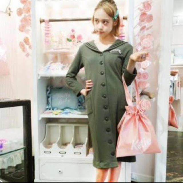Katie(ケイティー)のkatie セーラーワンピース ミリタリー レディースのワンピース(ひざ丈ワンピース)の商品写真
