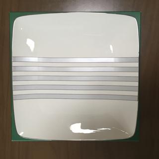 ノリタケ(Noritake)のNoritake 26cm  スクエアプレート 大皿(食器)