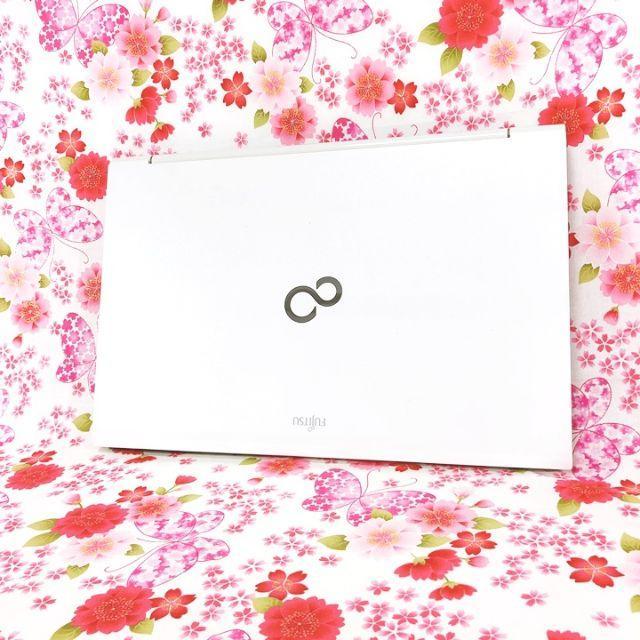 富士通(フジツウ)の【純白ホワイト】ノートパソコン♪office♪オフィス♪WebWindows10 スマホ/家電/カメラのPC/タブレット(ノートPC)の商品写真