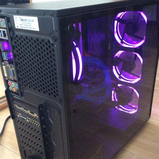 デスクトップ.i7 4770k. 16gb. gtx1070 8gb. 簡易水冷 スマホ/家電/カメラのPC/タブレット(デスクトップ型PC)の商品写真