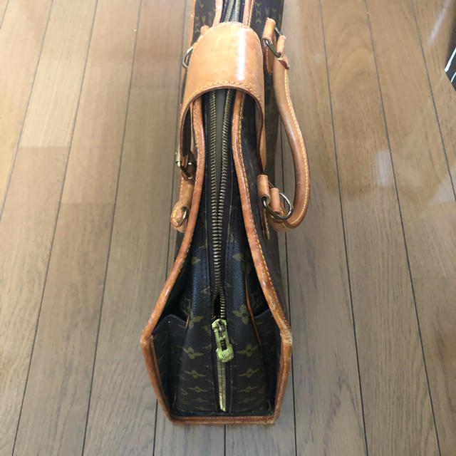 LOUIS VUITTON(ルイヴィトン)のLVバック レディースのバッグ(ハンドバッグ)の商品写真