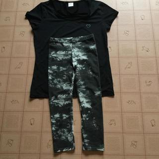 お値下げ! スポーツシャツ&スパッツ セット(ヨガ)