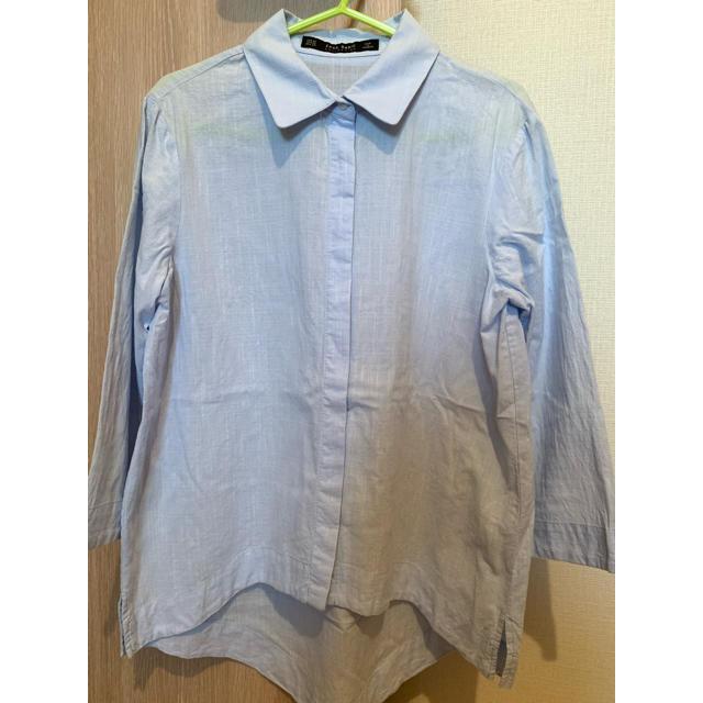 ZARA(ザラ)のザラ Zara ストライプシャツ シャツ ライトブルー 薄い レディースのトップス(シャツ/ブラウス(長袖/七分))の商品写真