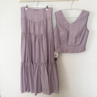 Lily Brown - 新品 Lily brown トップス&ギャザーティアードロングスカート