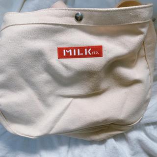 ミルクフェド(MILKFED.)のキャンバスショルダーバッグ(ショルダーバッグ)