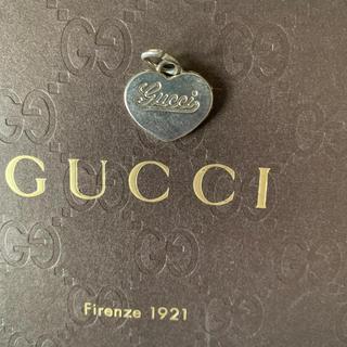 グッチ(Gucci)の早者勝ち GUCCI チャーム ネックレスペンダント(チャーム)