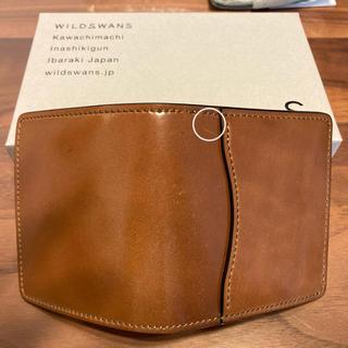 ガンゾ(GANZO)のワイルドスワンズ ラコニック ホーウィンシェルコードバン  バーボン(折り財布)