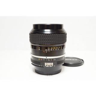ニコン(Nikon)の明るい単焦点  Nikon Ai 105mm F2.5 (レンズ(単焦点))