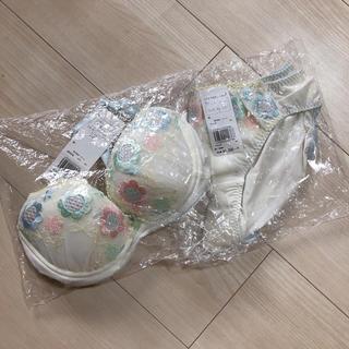 ウンナナクール(une nana cool)の新品 ウンナナクール 下着(ブラ&ショーツセット)