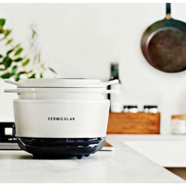 Vermicular(バーミキュラ)のfrexcom様専用 バーミキュラ ライスポット 5号炊き スマホ/家電/カメラの調理家電(炊飯器)の商品写真