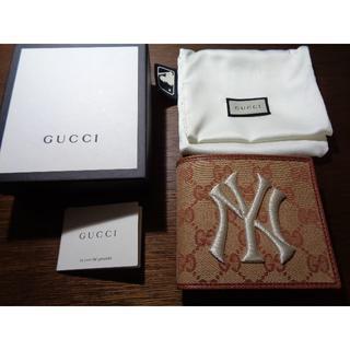 グッチ(Gucci)の★未使用・送料無料GUCCI グッチ  NYヤンキースパッチ ウォレット 2つ折(折り財布)
