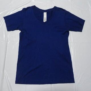 アタッチメント(ATTACHIMENT)の日本製 美シルエット美品◆アタッチメント Vネック半袖Tシャツ濃青2◆カットソー(Tシャツ/カットソー(半袖/袖なし))