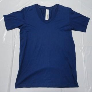 アタッチメント(ATTACHIMENT)の日本製 美シルエット 美品◆アタッチメント Vネック半袖Tシャツ青2◆カットソー(Tシャツ/カットソー(半袖/袖なし))