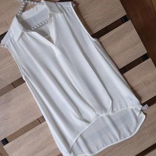 INGNI - 新品 INGNI 裾タック JZ ノースリスキッパーシャツ オフホワイト M